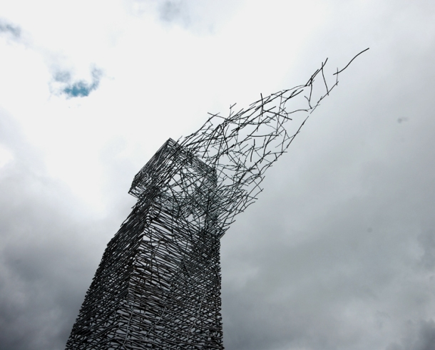 Rob Mulholland Skytower Sculpture, Rawyards Woodland Park, Scotland